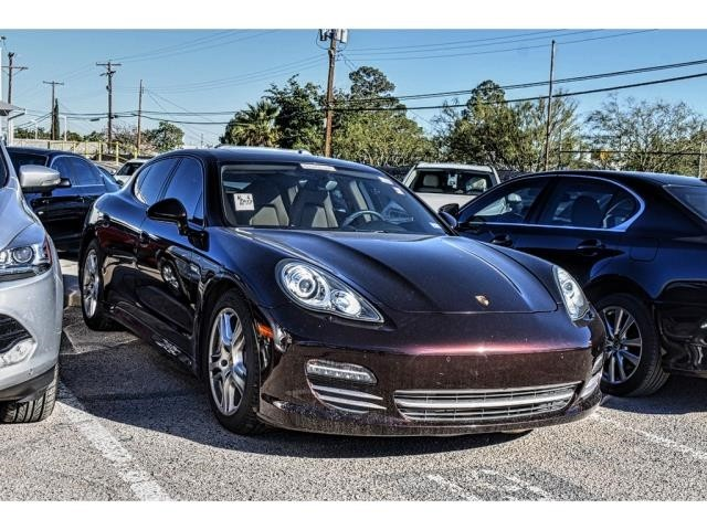 Porsche Panamera 4 Platinum Edition All Wheel Drive Sedan